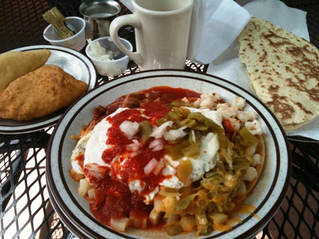 Perea's Tijuana Bar and Restaurant huevos rancheros