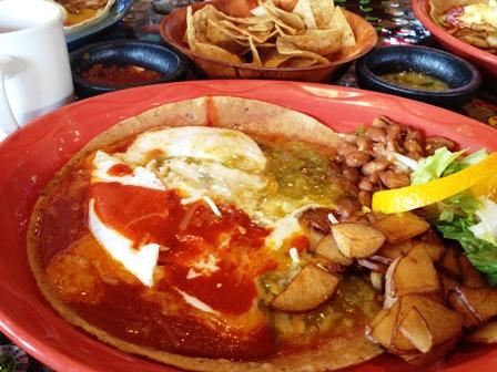 Chile Rio huevos rancheros